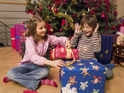 Что подарить на новый год 2014 ребенку?